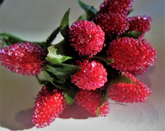 Tiny Berries & Foliage - Floral Decoration