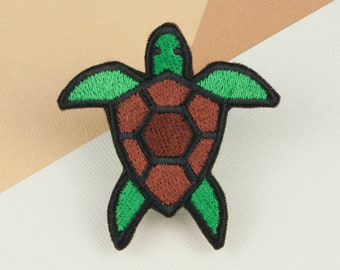 Sea turtle iron on patch / turtle / patches / animal / embroidery / patch / enamel pin / pin / embroidered patch / back patch / badge