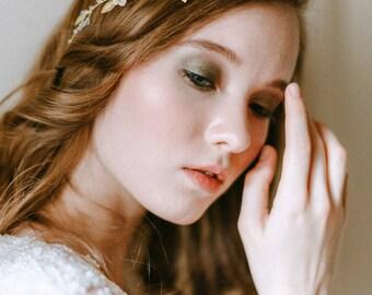 Wedding floral wreath - Bridal Headpiece - Wedding hairpiece - Bridal headband  - Bridal tiara - Wedding hair accessory - Wedding adornment