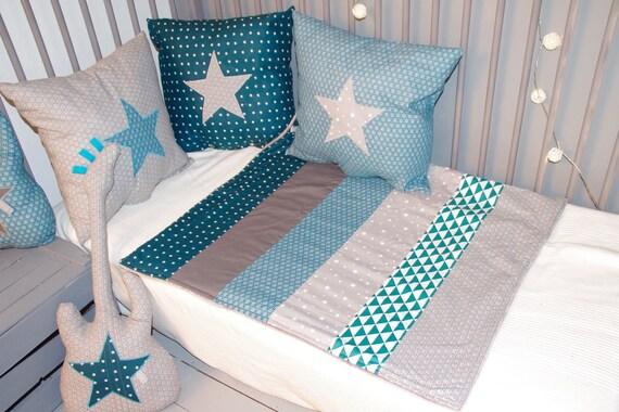 petite couverture bleu p trole bleu canard et grise. Black Bedroom Furniture Sets. Home Design Ideas