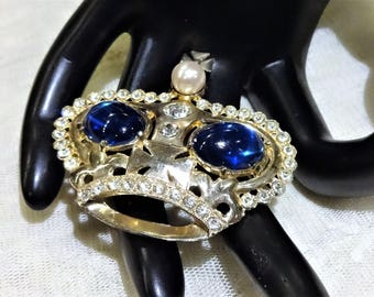 Very Nice Regal Vintage Blue Cabochon,  Clear Rhinestone and Faux Pearl Crown Brooch