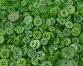 Green Small Mixed Buttons - Bulk/Job Lot/Scrapbooking/Card Making/Crafting