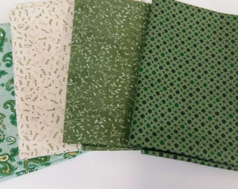 100% Cotton Fat Quarters in pack of 4.