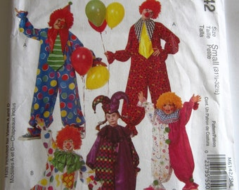 Easy Sew Adult Clown Costumes 4 Styles Size Small (31-1/2 to 32-1/2) McCalls Pattern M6142 UNCUT