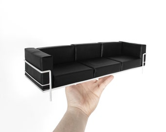Grand Sofa 1/4th scale