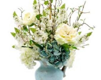 Cream Rose Blue Hydrangea