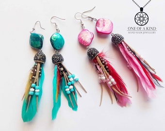 Women's earrings in two colours