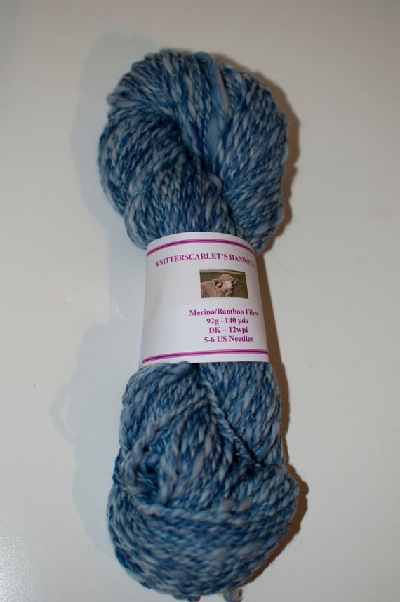 Merino/Bamboo Handspun Yarn in Shades of Blue 92g/140yds