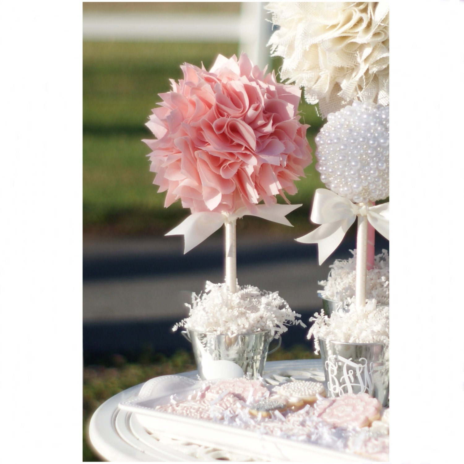 BABY SHOWER CENTERPIECE / Pink and gold first birthday