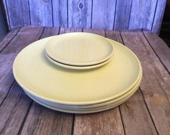 Set of six light yellow melmac melamine Texasware plastic plates