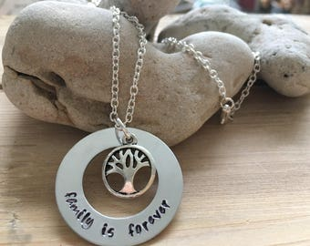 Family Tree Necklace, Personalized Gifts for Mom, Family Necklace