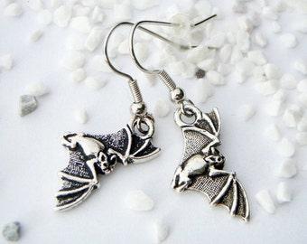 Earrings * flying Vamp