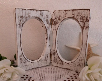 Oval White Picture Frame Ornate Scrolled Self Standing Up Cycled Vintage Photo Gift for Her Shabby Chic Wedding Country Farmhouse Home Decor