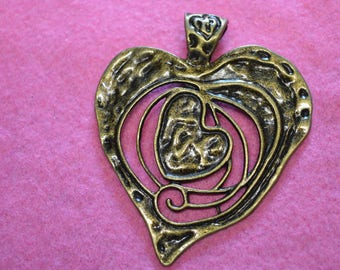 Bronze metal heart shaped pendant 7 cm