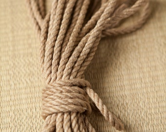 Handcrafted jute rope