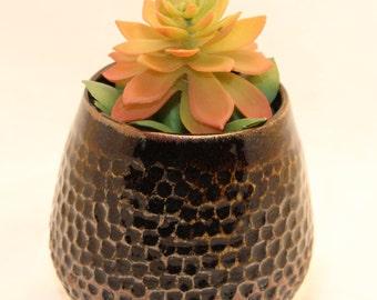 Textured mini vase