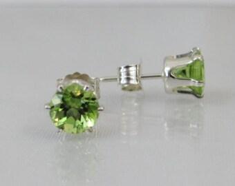 Peridot Stud Earrings, August Birthstone Gift, Natural Peridot Jewelry, 925 Sterling Silver, Green Earrings, 5mm Post Earrings