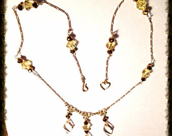Handmade MWL peach, yellow, bronze beaded becklace. 0282
