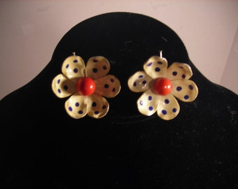 Vintage Off White with Blue Dots Flower Clip On Earrings Enamel Covered Tin