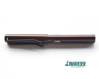 fountain pen brown