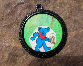 Dancing bear pendant