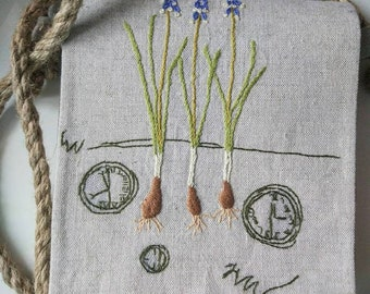 "Pretty handbag made of natural linen with hand embroidery ""Delicate Muscari"""