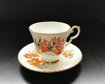 Prairie Lily Bone China Teacup Set