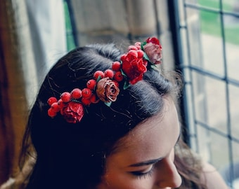 Red berry and rose headdress