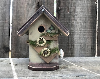Birdhouses Handcrafted Wooden Bird House Decorative Outdoor Bird's Nesting Home Functional Garden Birdhouse, Item #581219758