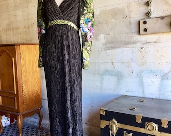Mary McFadden Silk Fortuny Couture Evening Gown with Beaded/Sequined/Embroidered Sleeves