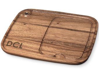Set Of 4 Personalized Acacia Wood Steak Serving Plates, Monogram    BBQ Fans