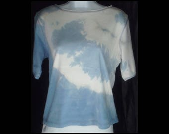 Acid washed L or XL ? shirt Jones New York Sport blouse tee bleached top acid wash blue ice cold winter snow arctic t-shirt (shirt no. 169)