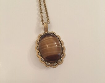 Vintage tigers eye 1960's/70's gold tone necklace