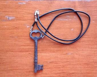 Simple Skeleton Key Necklace