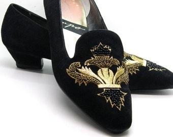 Slip On Shoes Black Suede Kitten Heel Decrotive Toe Cap Sz 8B  teamvintageusa ecochic