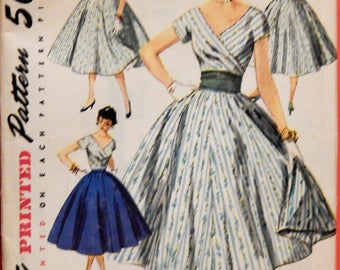 Simplicity 1123 Vintage skirt and wrap blouse pattern Size 13