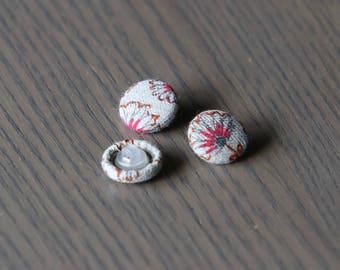 Linen Covered Buttons, 15mm Rounde Buttons, 3 pieces, Fabric Buttons, handmade Buttons, Floral Buttons