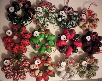 Mini hanging Christmas wreaths