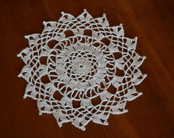 Handmade white doily, 17cm, round, crocheted with fine cotton