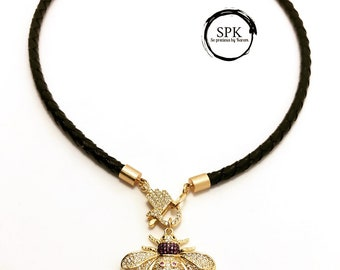 Pave insect leather chocker