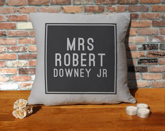 Robert Downey Jr Pillow Cushion - 16x16in - Grey