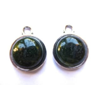 Silver Pendant green agate on support metal 12 mms in diameter