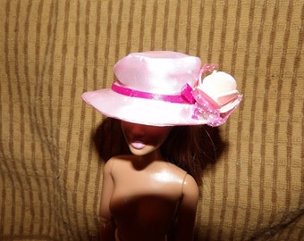 Easter hat in light pink Satin with ribbons & flowers for Fashion Dolls - seh1