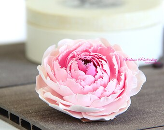 Handmade Brooch with Peony. Bright handmade peony. Brooch made of polimer clay. Fashion Flower. Floral Brooch. Deco Clay.