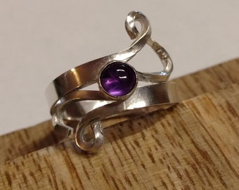 Custom Sterling Silver Swirl Ring with 5mm Amethyst US Ring Size 6