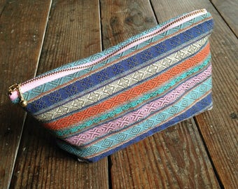 Handmade Pouch, Cosmetic Pouch, Cash Envelope, Metal zipper pouch, Makeup Bag, Ethnic Pouch, Zipper Pouch, Pouch with Gore, Yunnan fabric