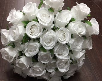 36 Head silk rose bunch ( white and ivory)
