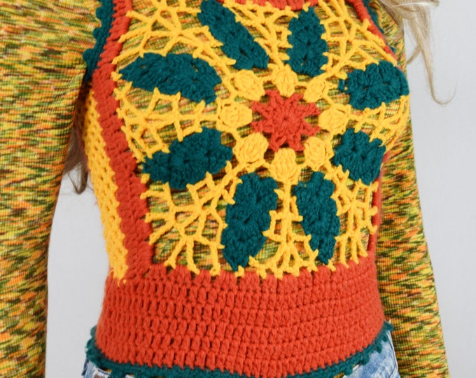 Vintage 1970's Charlie's Girls HiPPiE BoHo Crocheted Color Blocked Rasta Bob Marley Colors Woodstock FLoWeR Sweater Vest Size XS