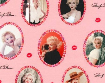 Lipstick Marilyn Monroe from Robert Kaufman pink cameos lips signature quilting cotton fabric material by the yard or metre AYO17312121