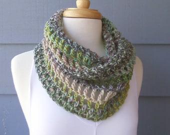 PATTERN C-001 / PDF Crochet Pattern / Luelle Cowl ... worsted/Aran 150 yds